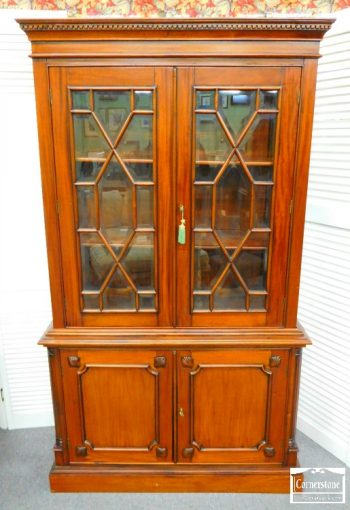 6320-8-chippendale-solid-mahogany-chinalibrary-cabinet