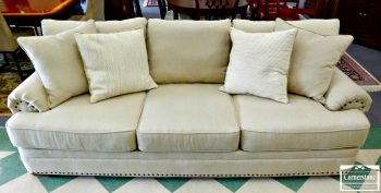 6352-9 - AWL (Made in the USA) 3 Cushion Off-White Sofa