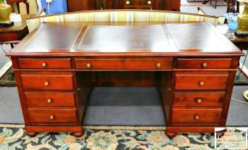 6362-2 - Ethan Allen Cherry Leather Top Executive Desk