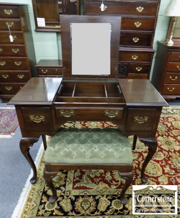 6574 11   EA Cherry QA Lift Top Vanity And Bench