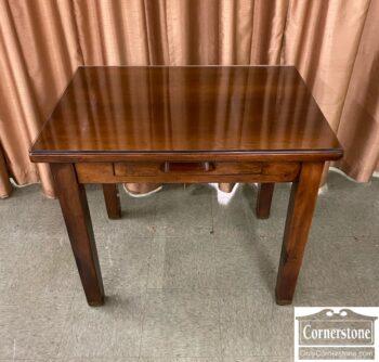 6583-10 - Small Desk w Glass Top