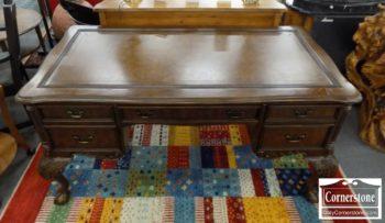 6670-624 - Sligh Mahogany Leather Top Writing Desk