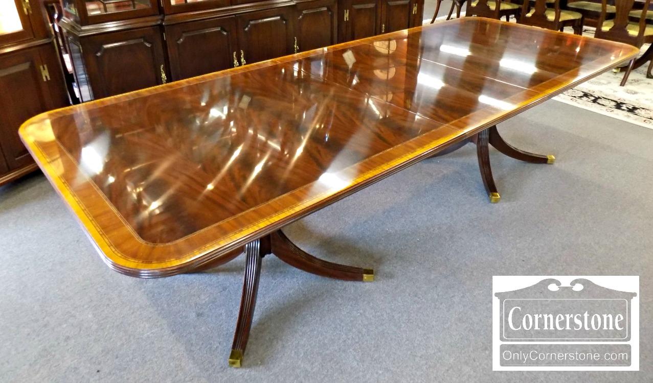 6670 85 Henkel Harris Dining Room Table