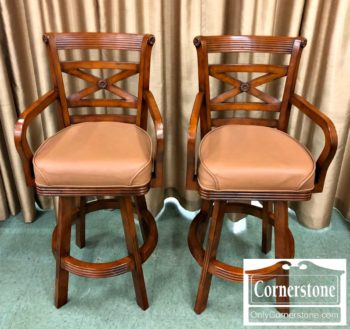 6670-966 Pair of Barstools