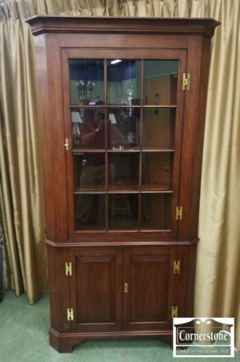 7000-333 - Henkel Harris Sol Cher Fairfax Corner Cabinet