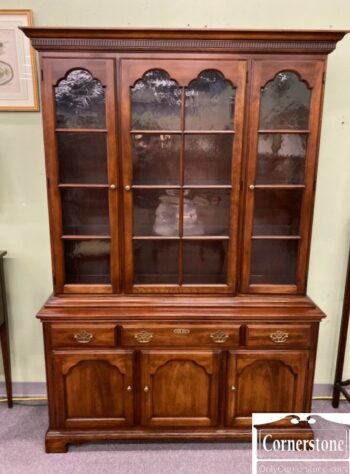 7000-870-Statton Sol Cher China Cabinet Oldtowne