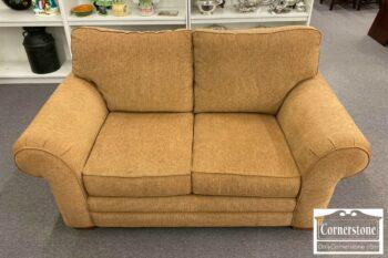 7000-929-Bassett Upholstered Loveseat