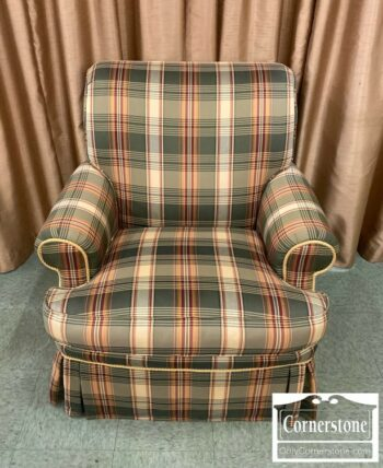 7024-4-Hancock and Moore Plaid Uph Swiv Chair