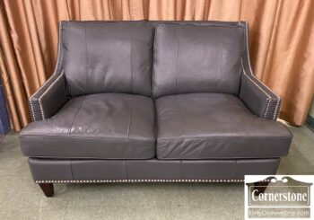 7210-2 - Gray Leather Loveseat