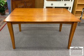 7335-1 - Made in Canada Maple Cont Dining Tbl