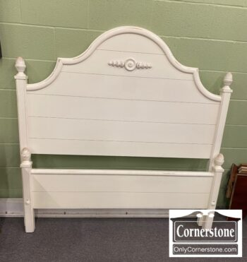 7396-10 - EA White Distressed Double Bed