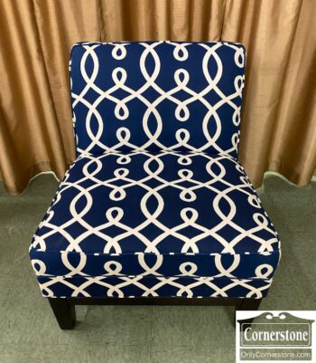7424-89 - Navy Blue White Armless Chair