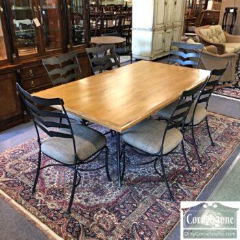 7626-524 Kessler used dining furniture