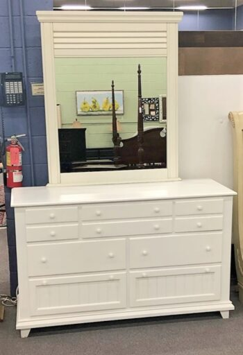 7677-32 painted white Dresser w Mirror-1