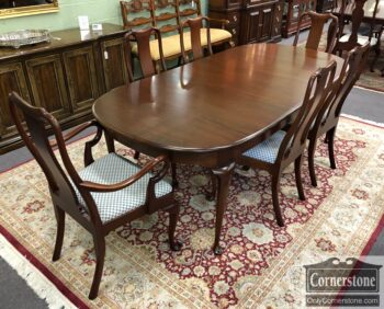 biggs table chairs