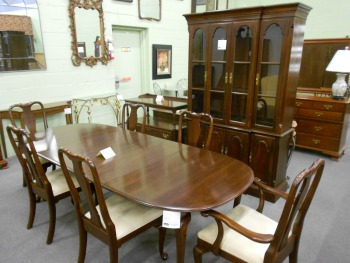 Attractive Mahogany And Cherry Traditional Dining Room Furniture Arriving Daily!!